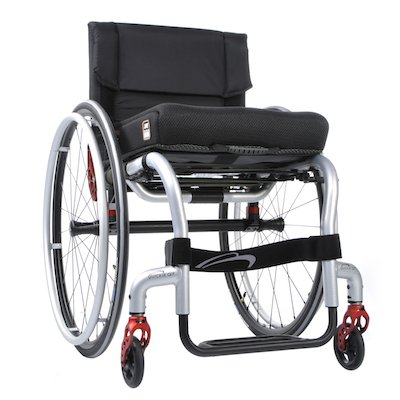 how to use a manual wheelchair